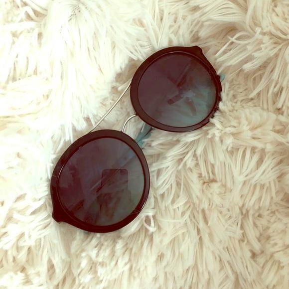 Tiffany & Co. Accessories - Tiffany & Co Sunglasses